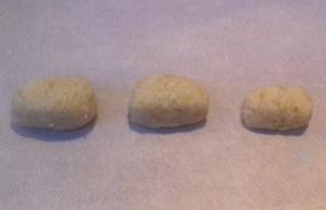 marcipános szaloncukor formázása