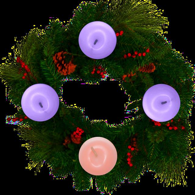 katolikus adventi koszorú lila és rózsaszín gyertyával
